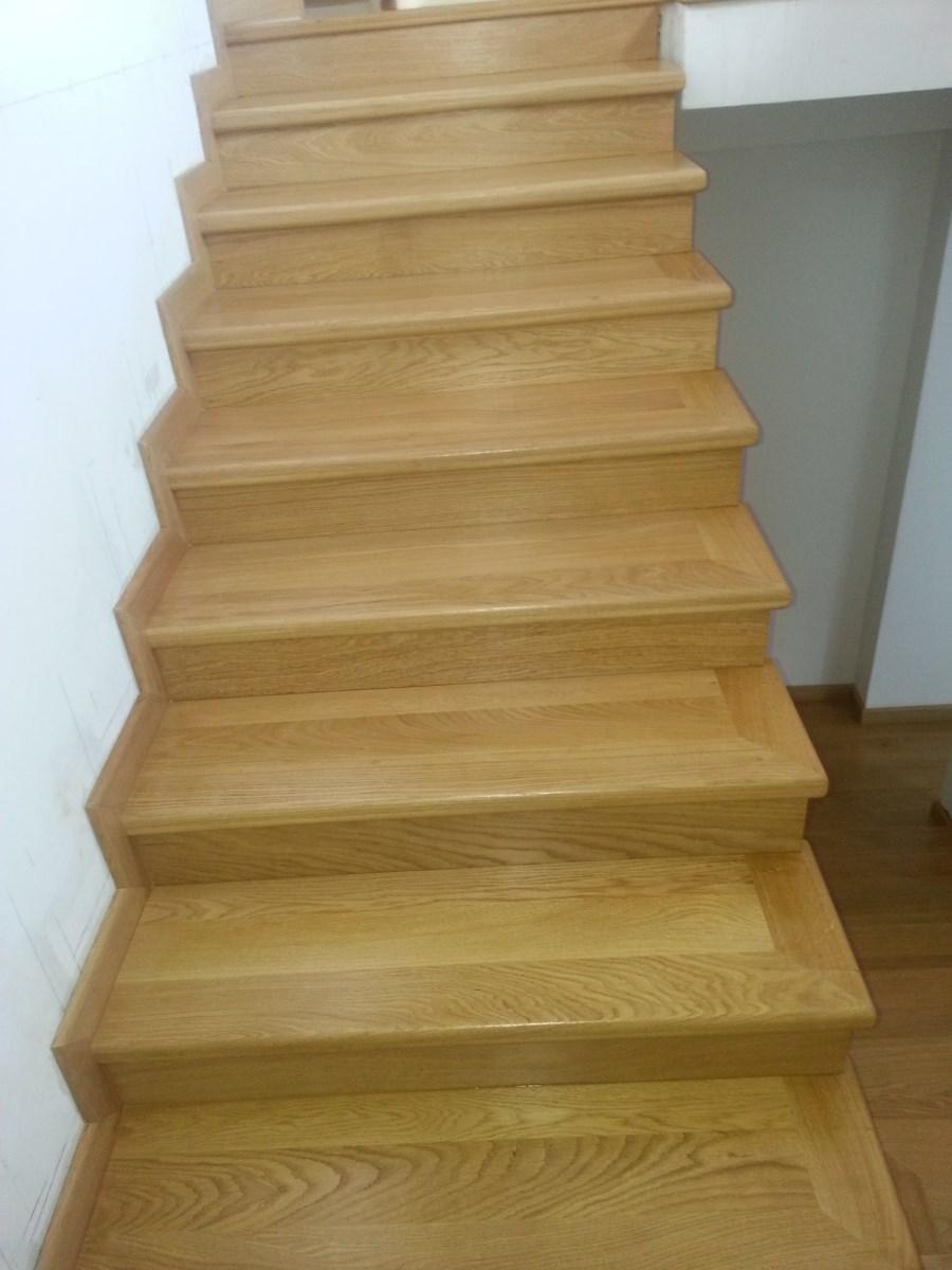 Galerie scari lemn masiv
